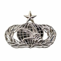 Genuine U.S. Air Force Breast Badge: Communications And Information: Senior -REG - $15.82