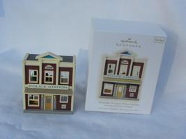 2009 Hallmark Nostalgic Houses & Shops Keepsake Korners Police Station O... - $14.99