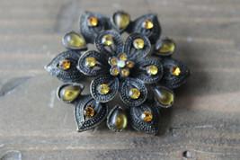 Vintage Rhinestone Flower Brooch Size: 3.5cm diameter - $11.87