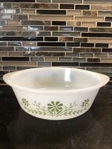 Glasbake 2 QT. Dish,  USA, J514 79 White/Green Flowers Daisies Vintage - $8.90