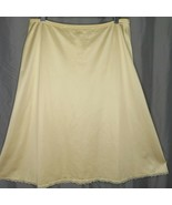 Vintage Vanity Fair Beige Nylon Half Slip S Lace Trim USA - $29.65