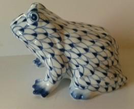 Andrea by Sadek Hand Painted Ceramic Frog Figurine Blue Fishnet Design  - £17.10 GBP