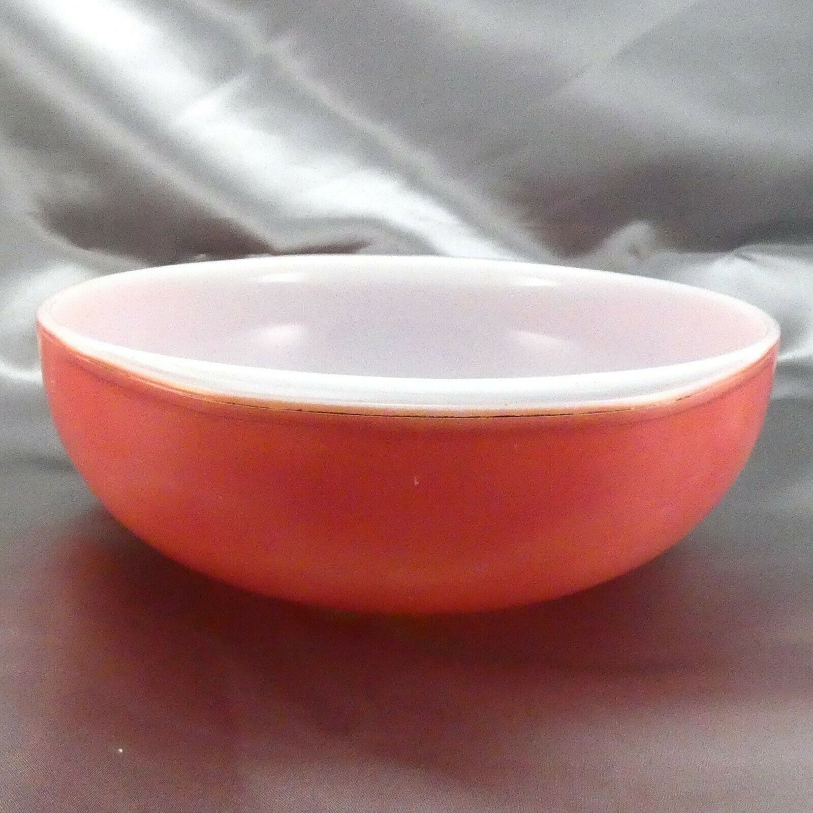 Pyrex 024 Pink Milk Glass Casserole Dish 2qt Serving Bowl ~ Made in the USA image 4