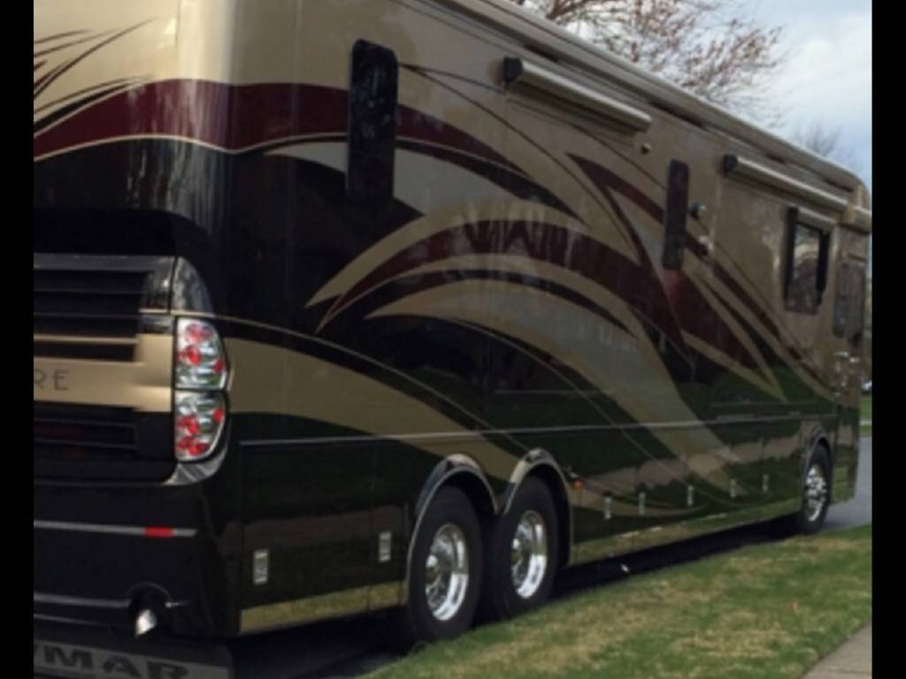 2012 NEWMAR KING AIRE 4584 FOR SALE IN Westlake, La 70669