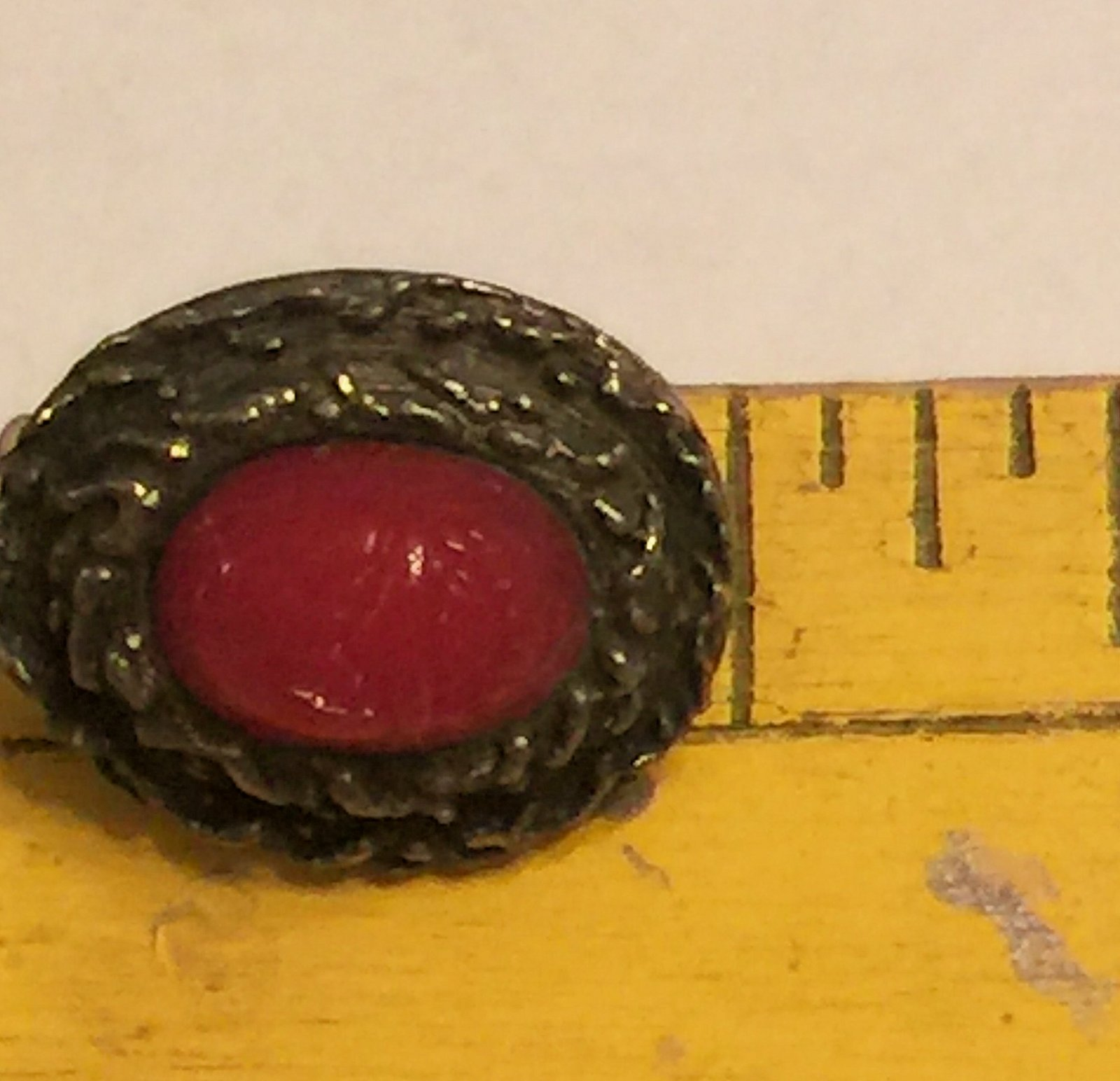 VTG 60s Clip On Earrings~Dk Red Oval Scarab Beetle Cabochon/Darkened Gold Tone image 6
