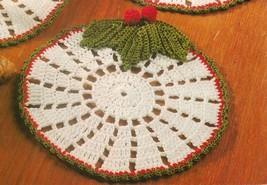 Eye-catching Christmas HOLLY COASTERS Crochet Pattern image 2