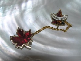 Vintage Small Lightweight Goldtone Red Enamel Maple Leaf Connected w Chain - $8.59