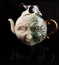 vintage Nursery Rhyme teapot - novelty Andy Titcomb - Cow teapot - gift ... - $155.00