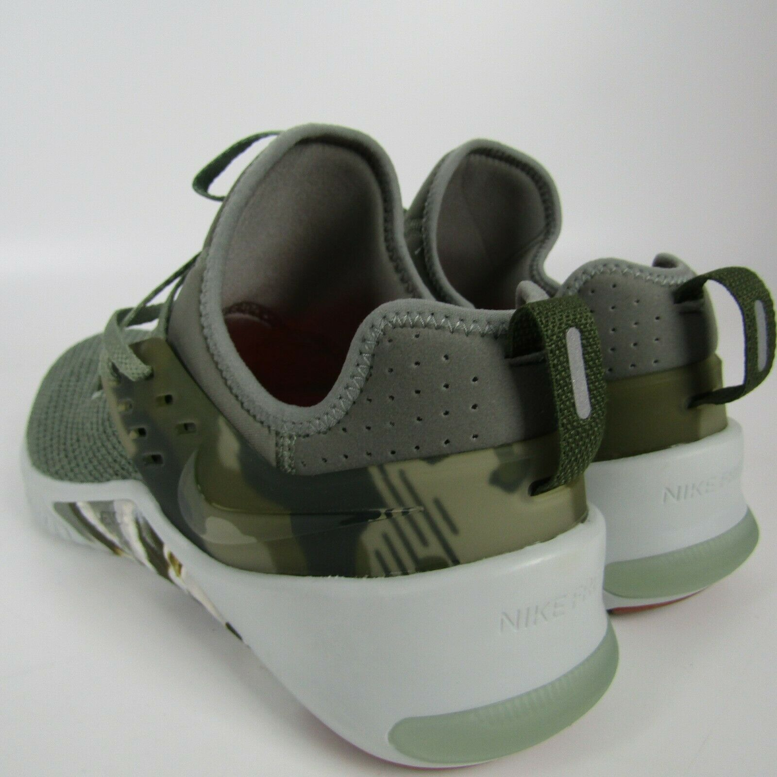 Mens Nike Free Metcon Running Shoes Size 11.5 Green Tan Camo AH8141 002 Trainer image 4