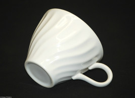 """Old Vintage Sheffield Bone White 3-3/4"""" Flat Cup Earthenware All Ivory USA - $8.90"""