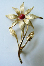 VINTAGE DODDS SIGNED GOLD TONE RED STONE FLOWER PIN BROOCH - $23.76