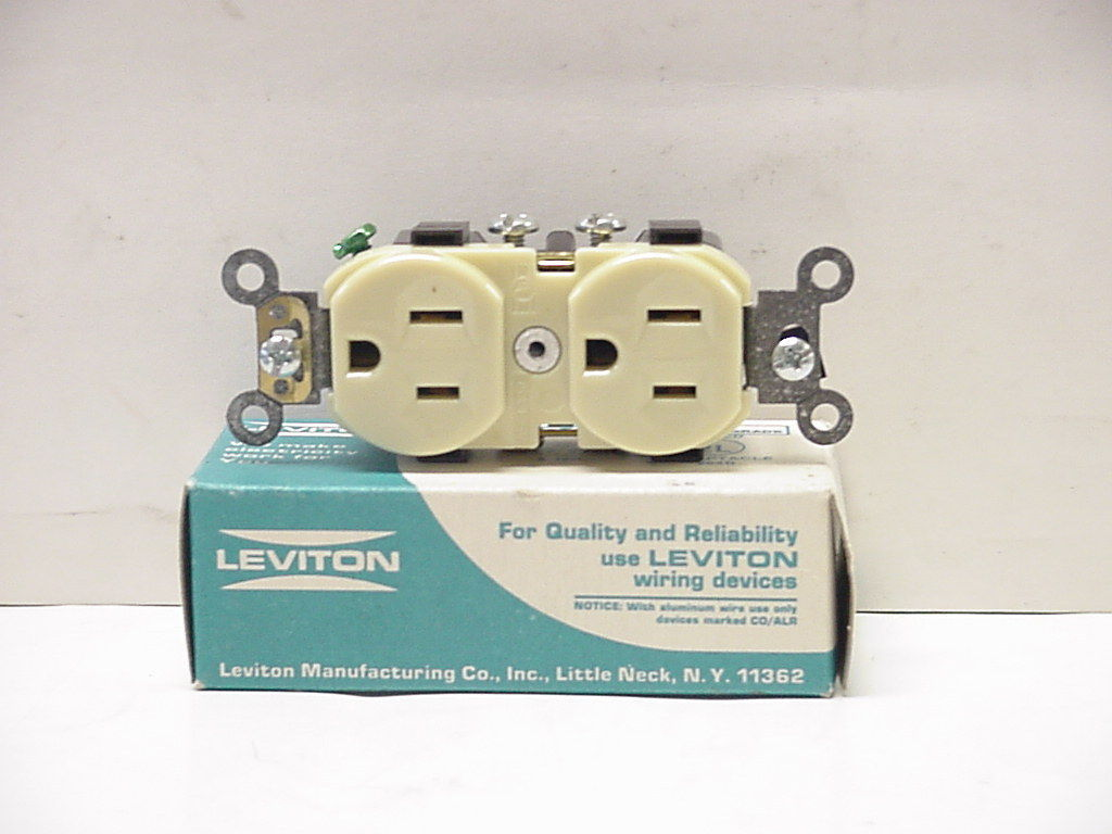 New Leviton Cr15 5014 I 2 P3 W Grounding And 17 Similar Items Wiring Devices S L1600