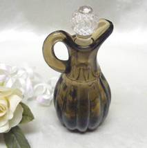 1457 Antique Burnt Honey Imperial No.1503 Pleated Panel Cruet - $15.50