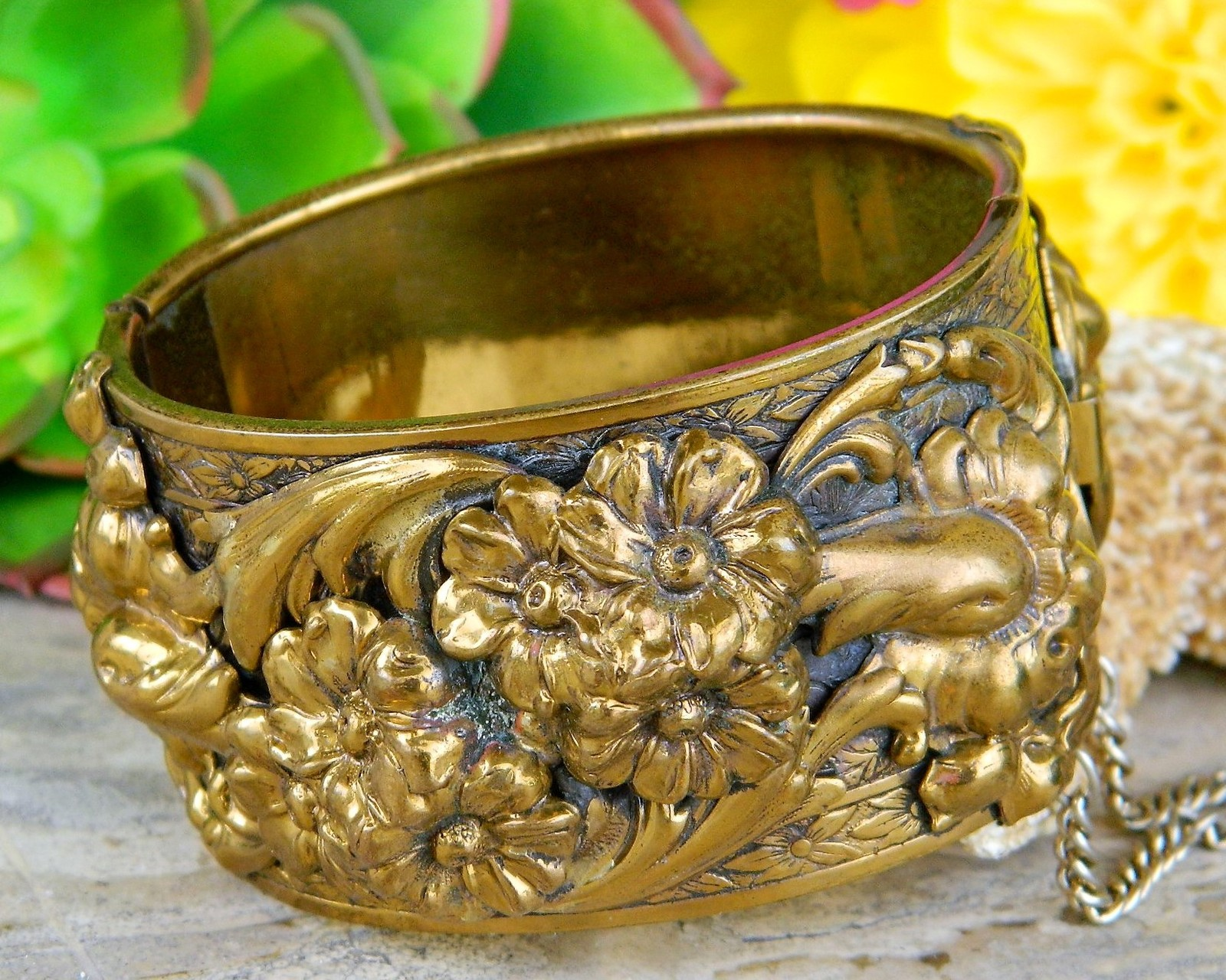 Primary image for Vintage Hinged Cuff Bangle Bracelet Ornate Gold Brass Flowers Floral