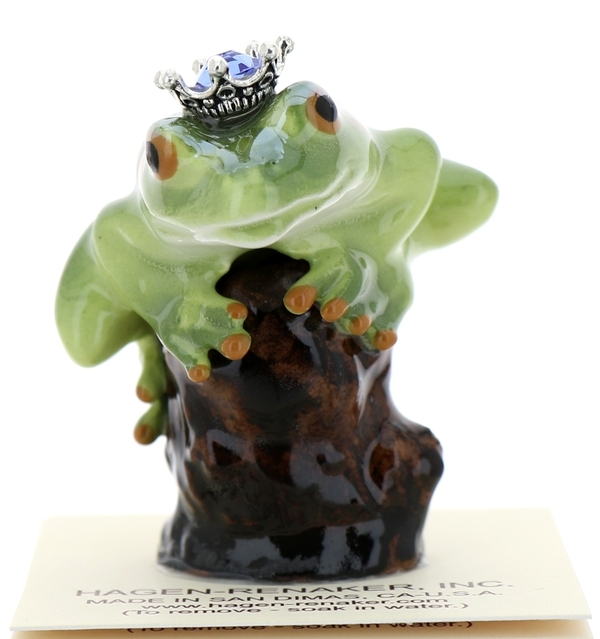 Frog prince on stump33