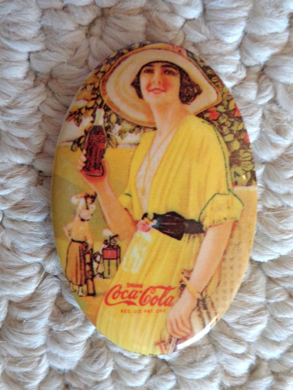 Coca-Cola Pocket Mirror from 1973 Memorabilia Collection