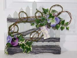 Wooden Picket Fence w/Decorative Florals Hanging Sign Wall Plaque  - $9.49
