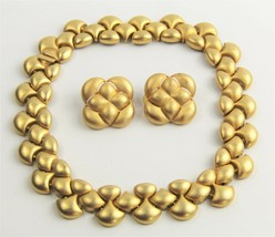 80s VINTAGE Jewelry MATTE GOLD PLATE ERWIN PEARL RUNWAY SET NECKLACE & E... - $125.00