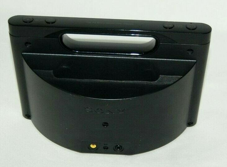 Sony RDP-M5IP 30-Pin iPhone/iPod Portable Speaker Dock AUX Stereo Black