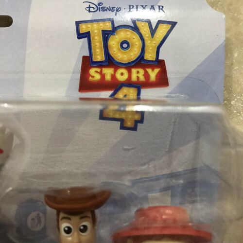 Disney Toy Story 4 Movie MINIS RV & Friends Road Trip Runaway Forky Woody Jessie