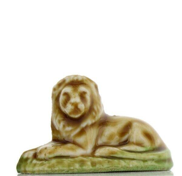 Tom Smith Animates Porcelain Miniature by Wade Safari Park Lion