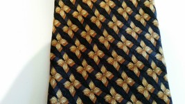 ERMENEGILDO ZEGNA Navy Blue Gold Floral Quatrefoil TIE - $21.00