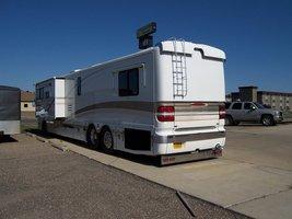 2000 Fleetwood American Heritage m-415 For Sale in Bismarck, North Dakota 58501 image 2