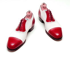 Handmade Men's Red & White Two Tone Heart Medallion Lace Up Leather Oxford Shoes image 1