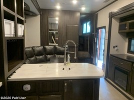 2018 Jayco Seismic 4250 FOR SALE IN Cascade, IA 52033 image 11
