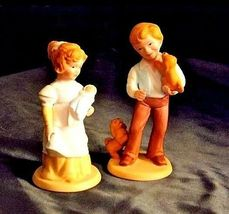 Boy and Girl Figurines (Avon) 1981 AA18 - 1183  Pair ofVintage image 3