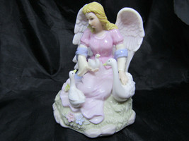 Ceramic Angel with Geese Music Box - $8.42