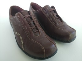 Clarks Womens Size 8.5 Wide Brown Lace Up Casual Oxfords Shoes - $29.31