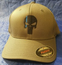 Punisher Skull with Thin Blue Line Embroidered FlexFit Hat - $37.49