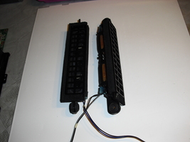 speakers   for  lg  376ld650h - $12.00