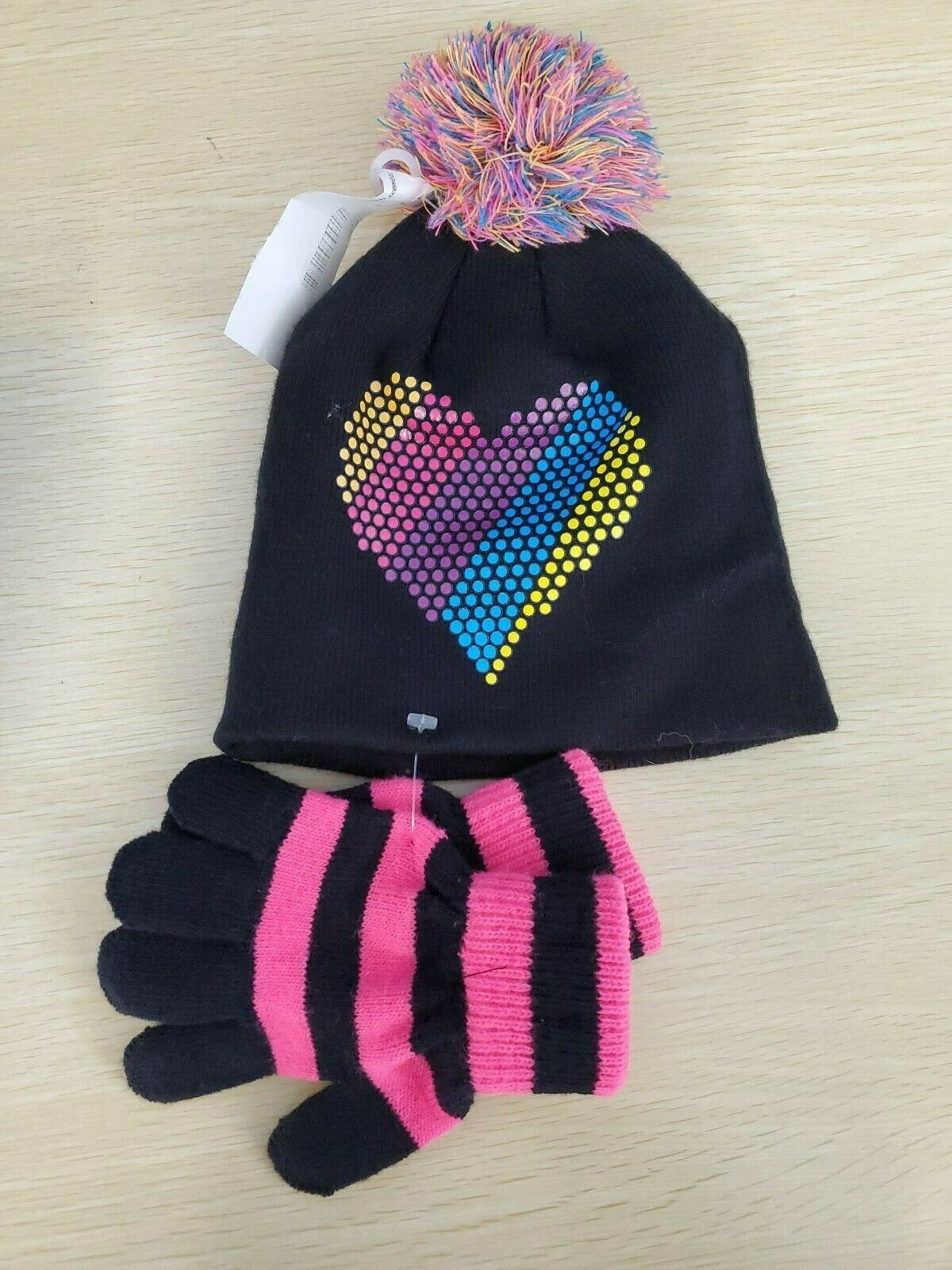 Primary image for CAPELLI OF NEW YORK INC girls KNIT 2 piece SET Hat gloves Heart  BLACK, S/M