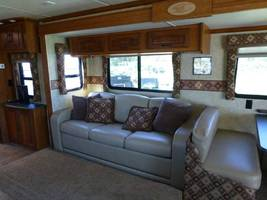 2011 COACHMEN CROSS COUNTRY 405FK For Sale In Ashland, OR 97520 image 4