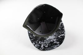 New Adidas Size 7 1/8 Los Angeles Kings NHL Hockey Digital Camouflage Fitted Hat image 5