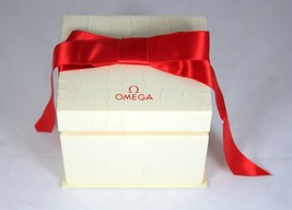 Omega vintage unusual and rare watch / wristwatch box with manuals - $236.79