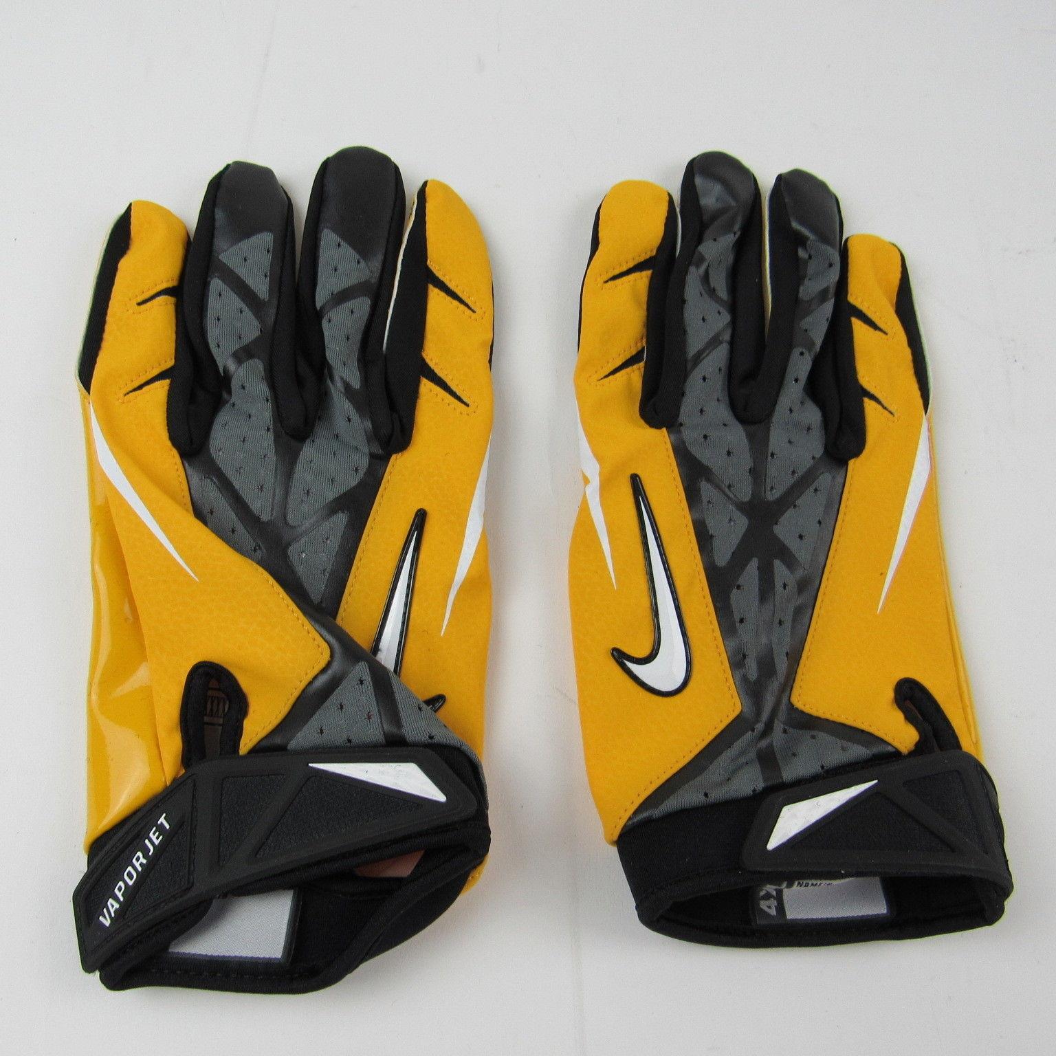 new product 97162 aca7e NEW Nike Vapor Jet Football Gloves Adult and 50 similar items. S l1600