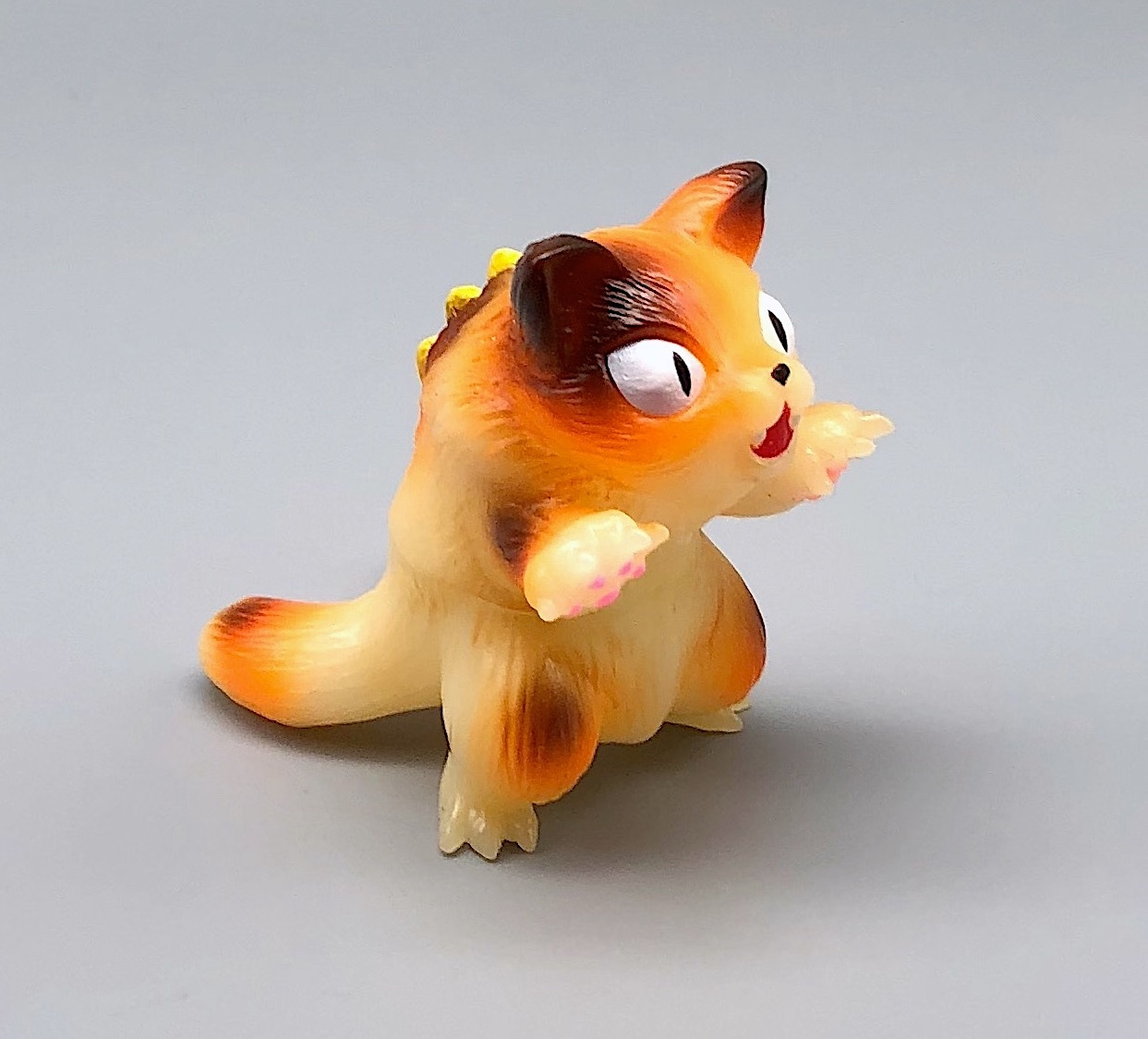 Max Toy GID (Glow in Dark) Calico Mini Nyagira