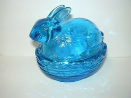 Mosser Glass Colonial Blue Easter Bunny Rabbit on Nest Basket Box Candy Dish - $24.20