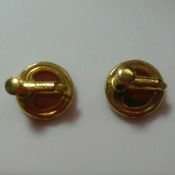 Vintage Signed Goldette Amber Cameo Intaglio Glass Screw Back Earrings