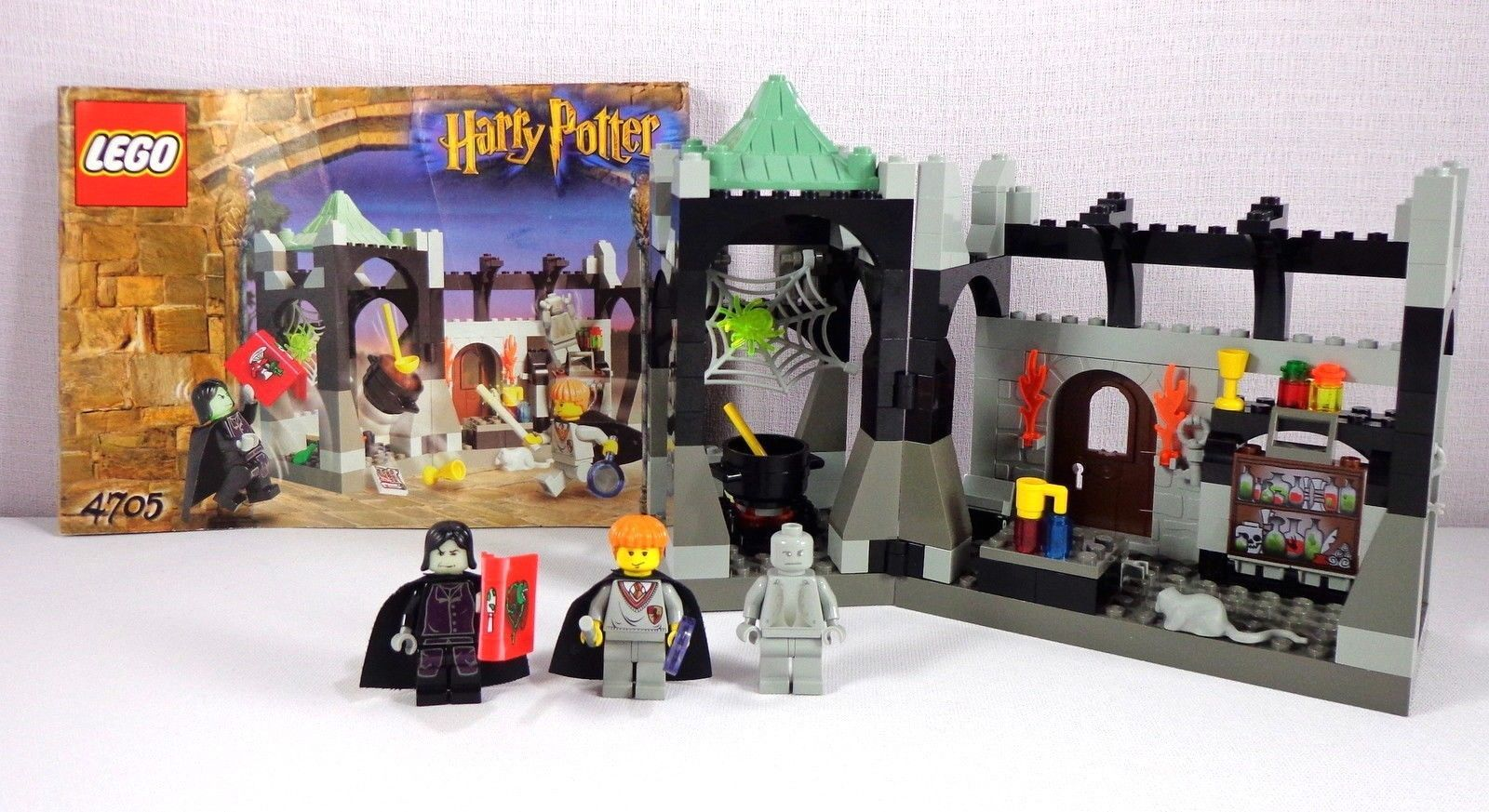 Lego 4705 Harry Potter Snapes Class by LEGO