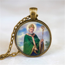 St. Patrick Necklace, St. Patrick's Day Necklace, Irish Necklace, St. Patrick Pe - $12.95
