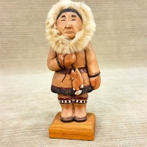 """People of Alaska Eskimo Fisherman 6.5"""" Terra Cotta Figurine Fur Hood Han... - $24.09"""