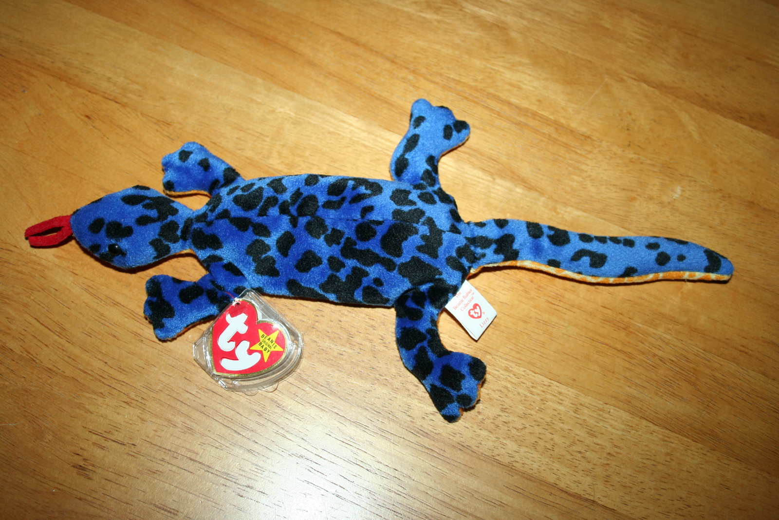 Remarkable Lizzy The Lizard From Ty The Original Beanie And 11 Similar Andrewgaddart Wooden Chair Designs For Living Room Andrewgaddartcom