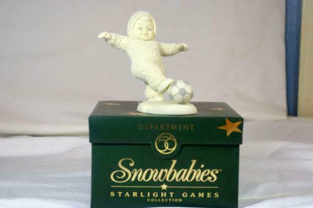 "Primary image for Dept 56 1999 Snowbabies Score 4"" tall Starlight Games Series MIB Figurine"