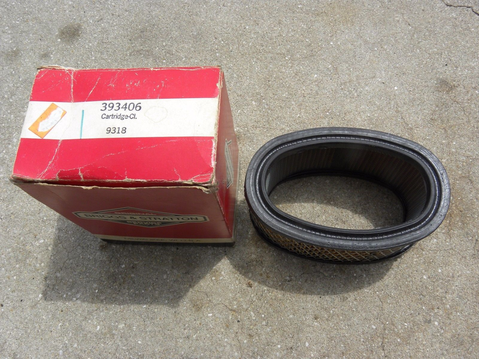 NEW Briggs and Stratton Air Filter 393406
