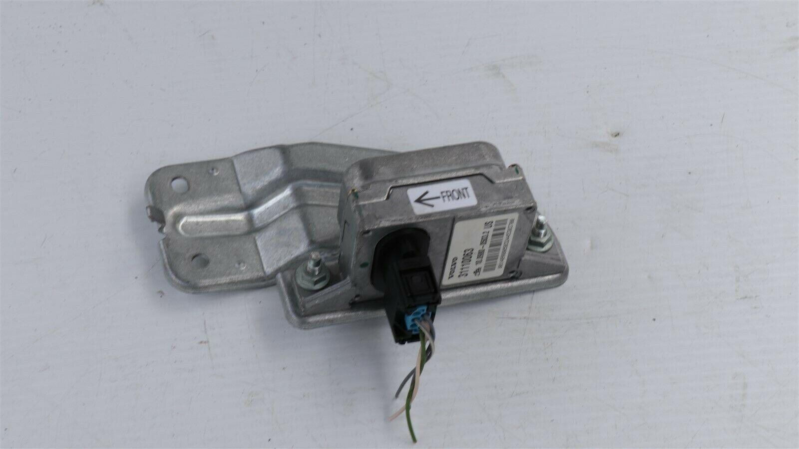 Volvo XC90 XC 90 Yaw Rate Sensor ABS Traction Control Module 8691675, 31110063