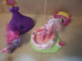 My Little Pony Mixed Lot Spinning Ride,2 ponys,Tepee,drawer box - $3.95
